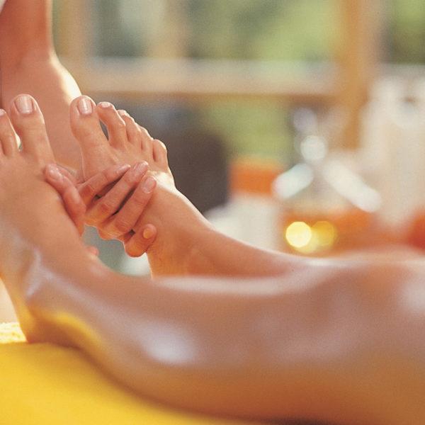 Wellnessgast bei der Fußmassage