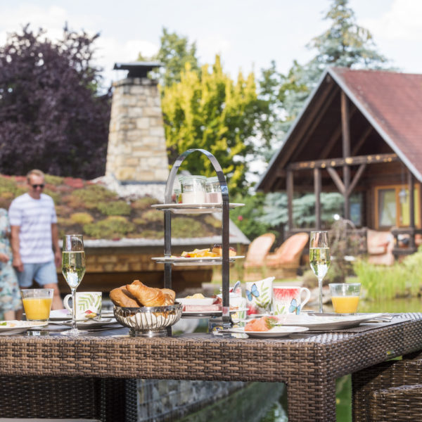 Sektfrühstück am Schlossteich