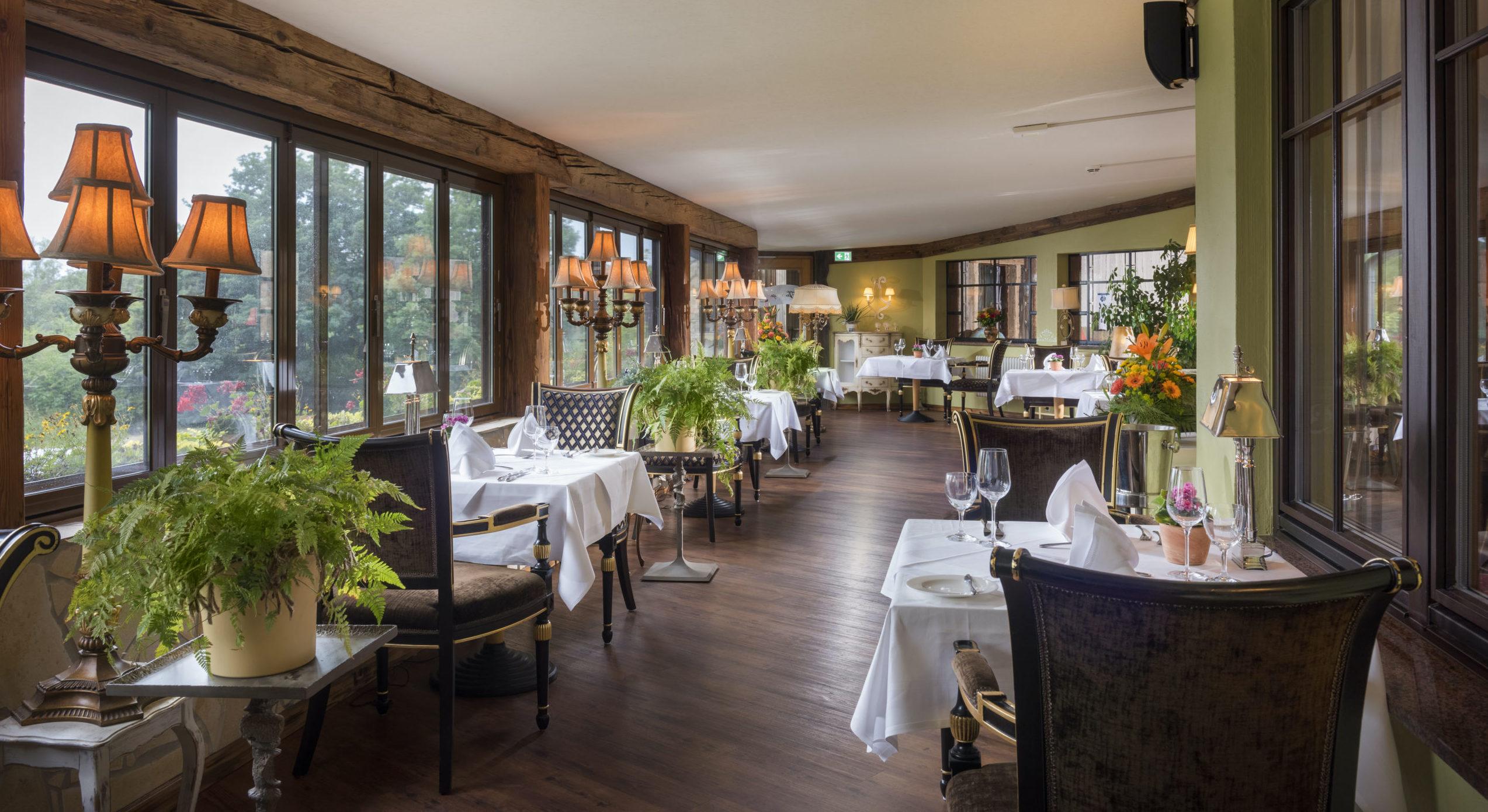 Fine-Dining-Restaurant Sandak