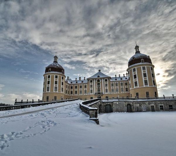 Schloss Moritzburg im Winter schloesserland-sachsen.de